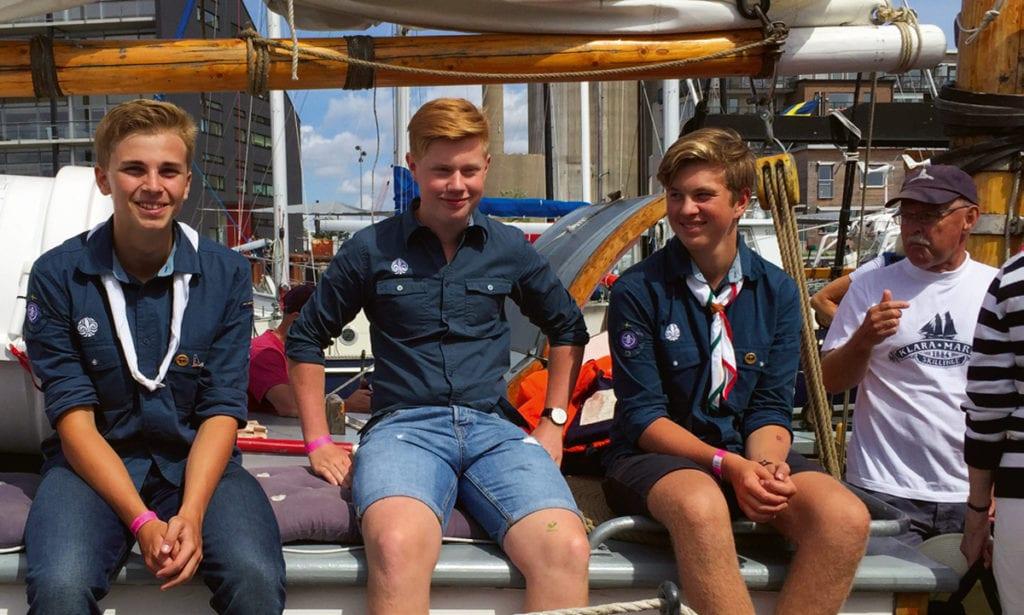 limhamns sjöscoutkår seglar med Klara Marie